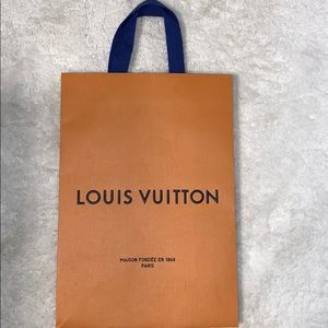 New authentic Louis Vuitton gift bag cloth handle